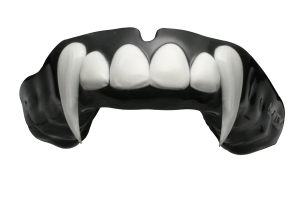 Half Arch Extended Fangs Mouthguard